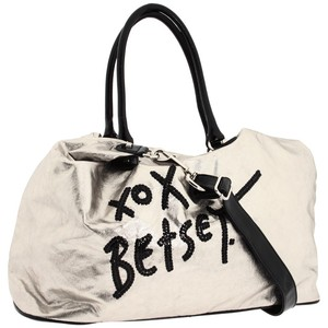 betsey-johnson-bag